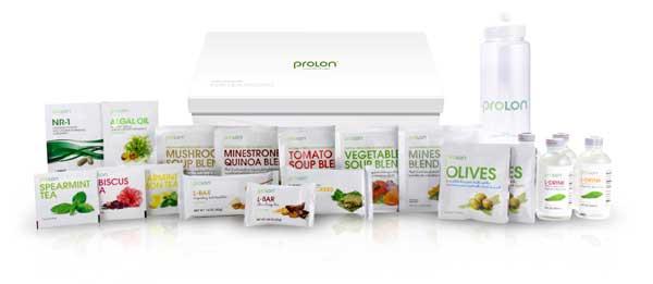 Eine Prolon-Scheinfasten-Diät-Box mit Inhalt